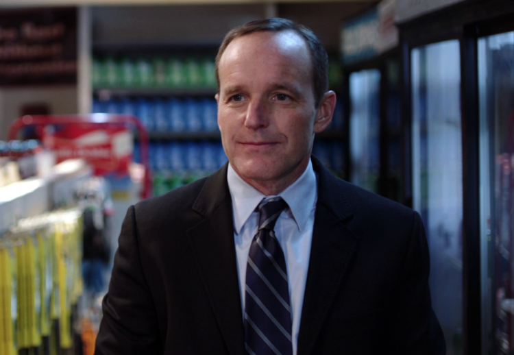 Phil_Coulson_Thor's_Hammer